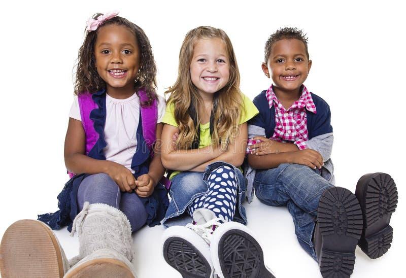 Verschiedene Gruppe Schulkinder stockfotografie