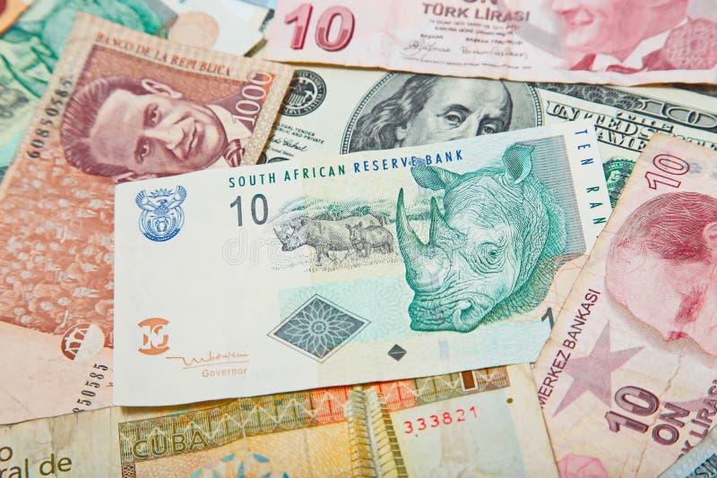 Verschiedene Länder Südafrikanischer Rand in der Mitte lizenzfreie stockfotos
