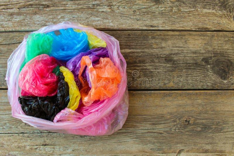 Verschiedene Plastiktaschen lizenzfreie stockbilder