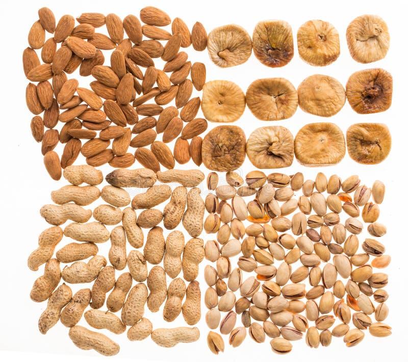 Verschiedene trockene Früchte und Nüsse stockbild
