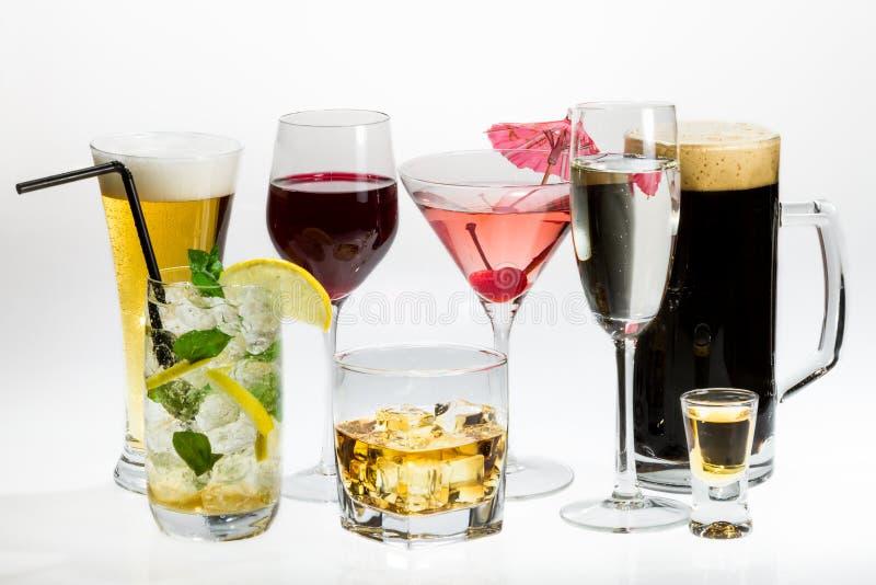 Verschiedene Typen des alkoholischen Getränks stockbild