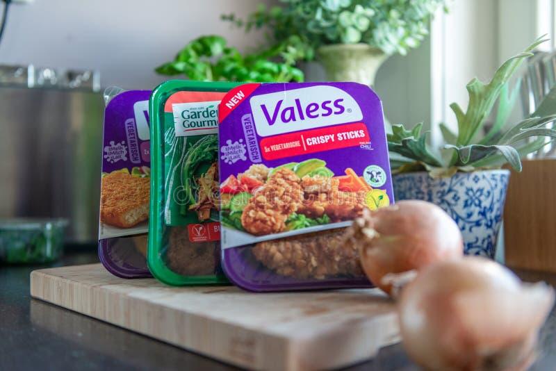 Verschiedene vegetarische Burger, Schnitzel, Mahlzeiten stockbild