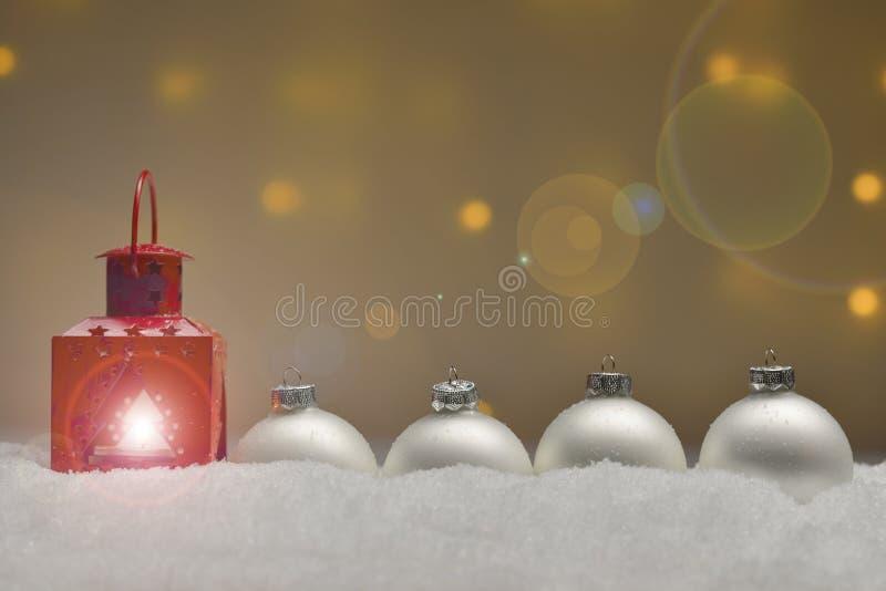 Verschiedene Weihnachtsverzierungen stockbilder