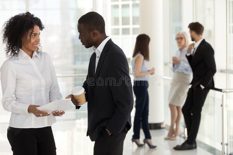 Flirten während der arbeit