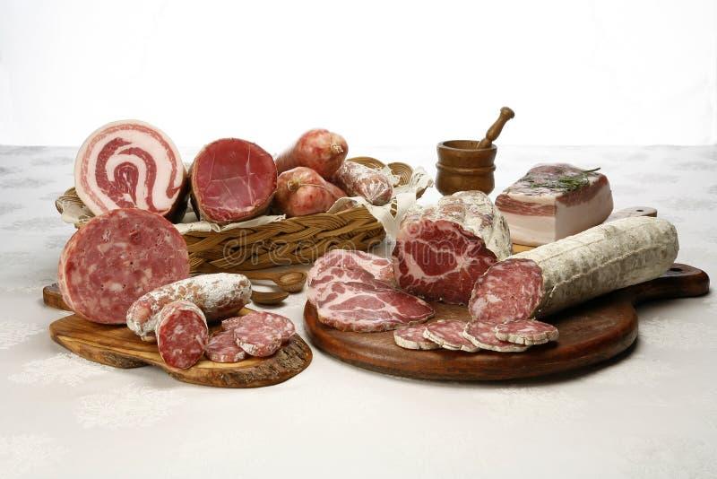 Verschiedener Aufschnitt geschnittenes Schweinefleisch lizenzfreie stockfotos