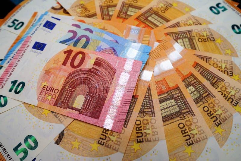 Verschillende euro bankbiljetten