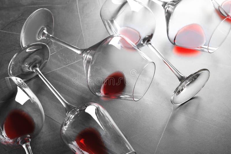 Verschillende glazen met rode wijn royalty-vrije stock foto