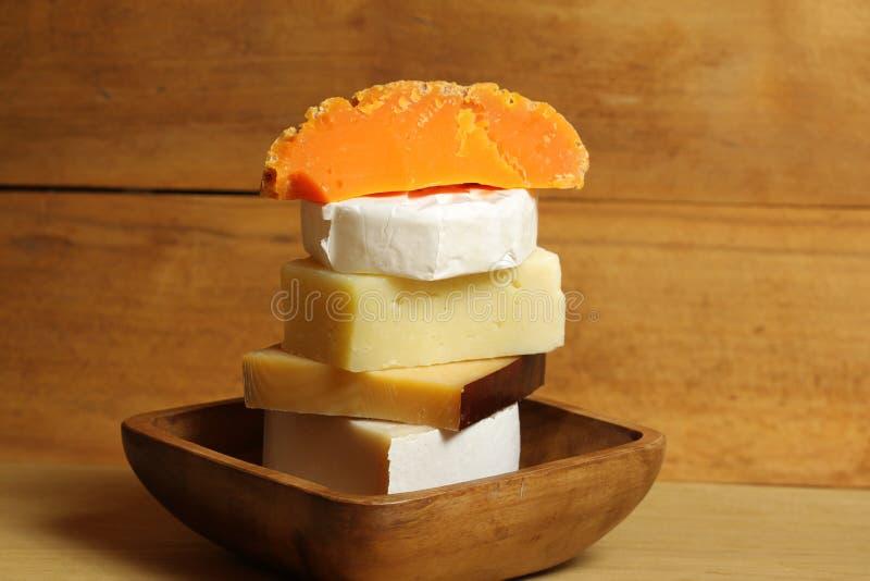 Verschillende soorten kaas stock fotografie
