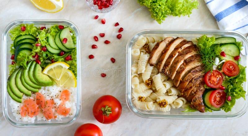 Verschillende types van lunchdozen De hoogste vlakke mening, legt Heerlijke gezonde lunch Het concept het gezonde eten stock afbeeldingen
