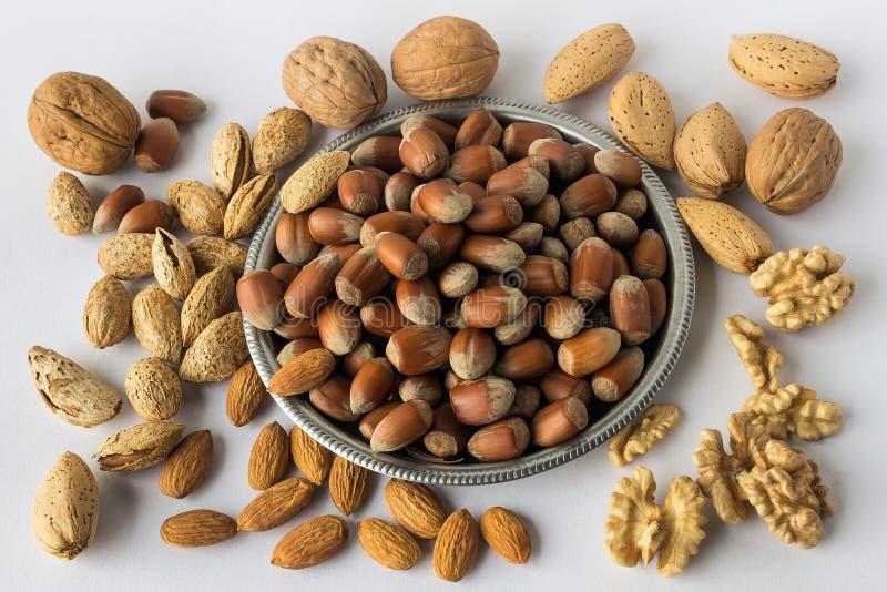 Verschillende types van noten Een volledige bron van plantaardige proteïne binnen royalty-vrije stock afbeeldingen