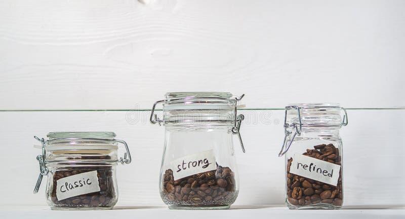 Verschillende verscheidenheden van koffie stock foto