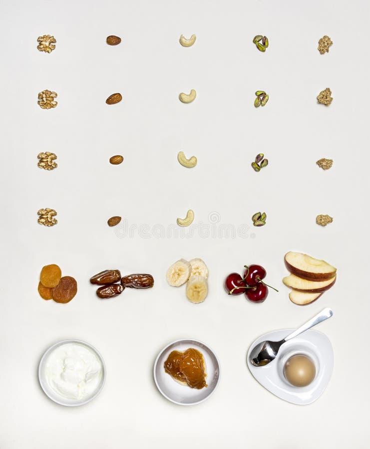 Verschillende vruchten en noten royalty-vrije stock fotografie