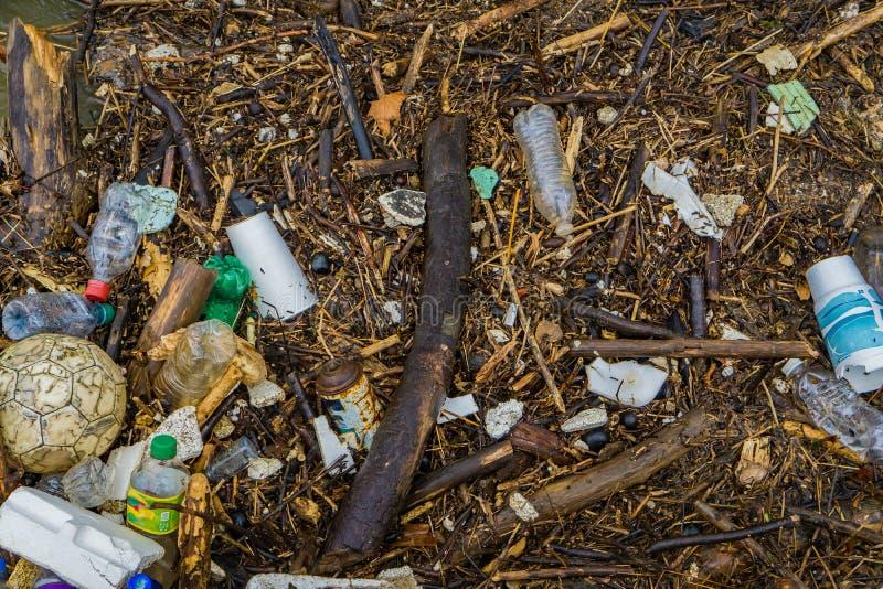 Verschmutzung im Fluss- 3 lizenzfreies stockbild
