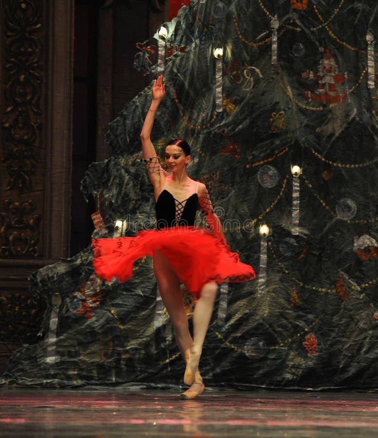 Verschoben im Luftsüßigkeits-feenhaften Tanz - der Ballett-Nussknacker stockbild