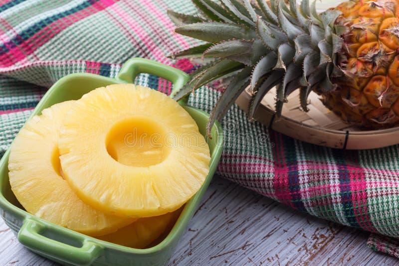 Verse Ananas stock foto's
