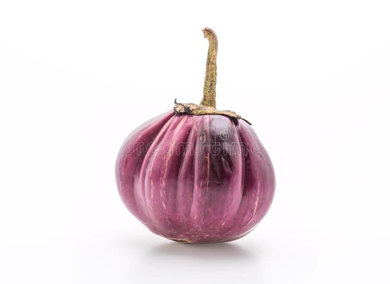 Verse aubergine op wit stock foto's