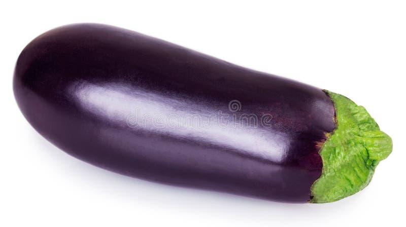 Verse aubergine op witte achtergrond stock foto's