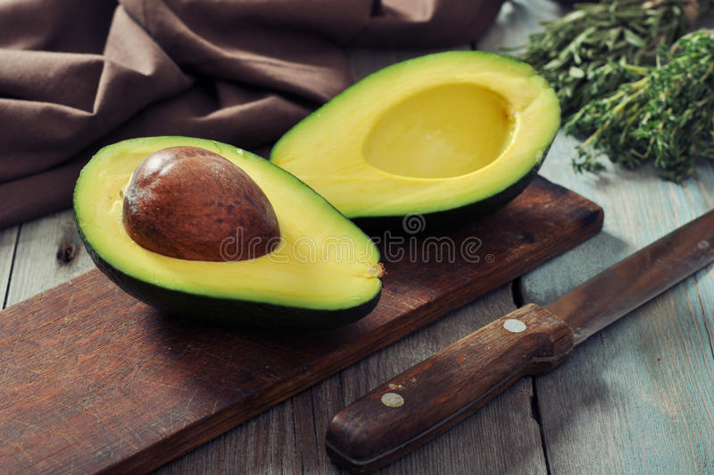Verse avocado stock afbeelding