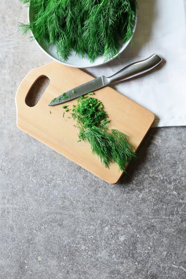 Verse besnoeiings groene dille stock foto's