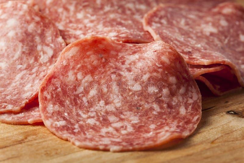 Download Verse Besnoeiings Organische Salami Stock Foto - Afbeelding bestaande uit vers, heerlijk: 29510658