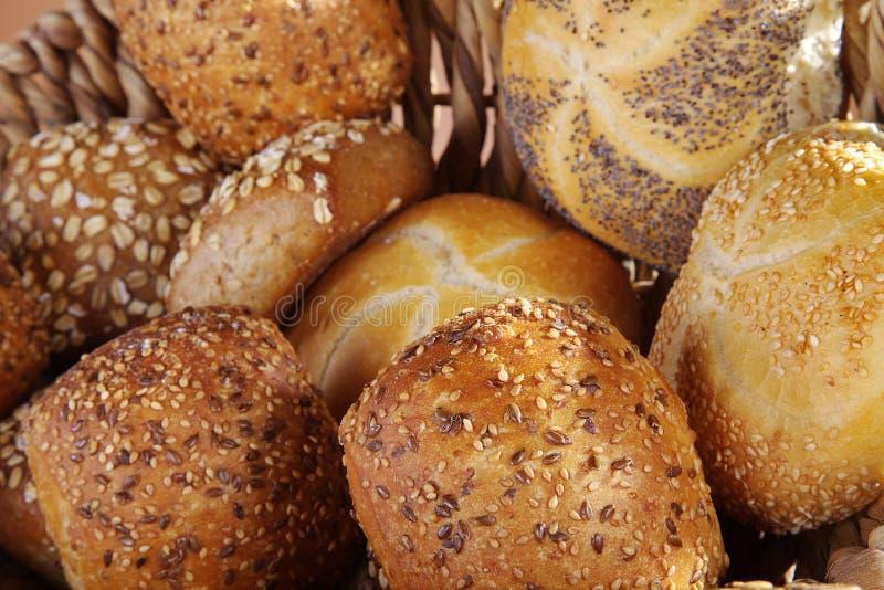 Verse brood en broodjes stock afbeelding