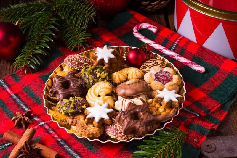 Verse en smakelijke Kerstmiskoekjes stock foto