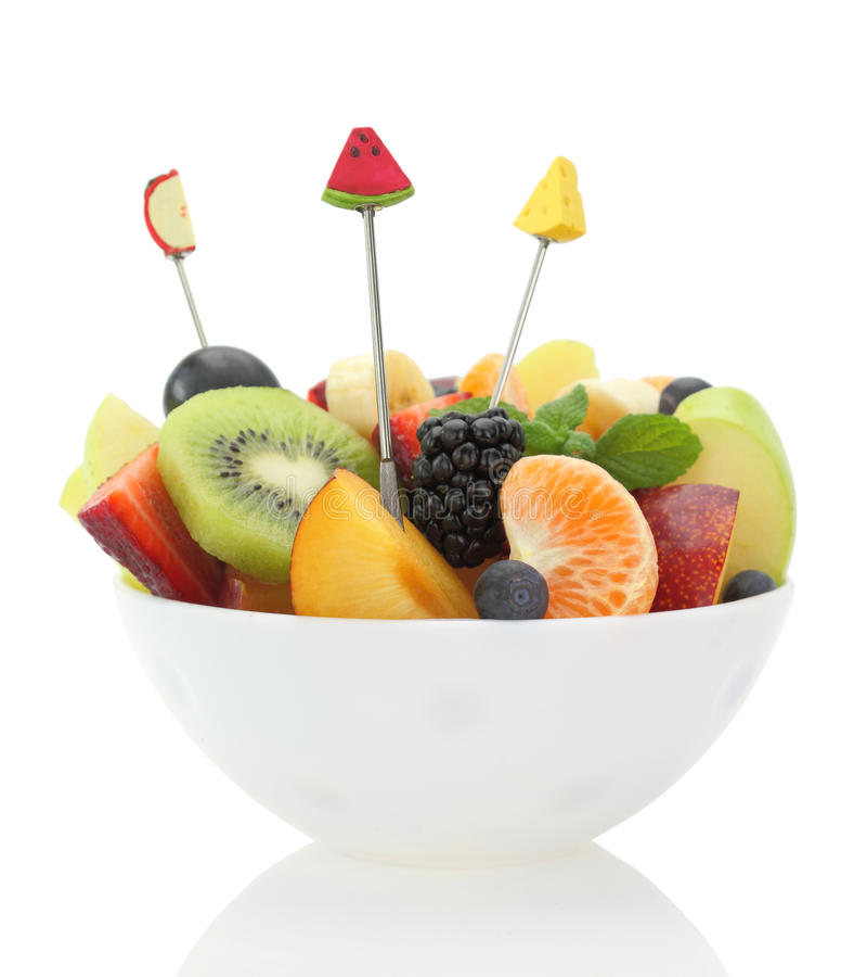 Verse gemengde fruitsalade in een kom stock foto's
