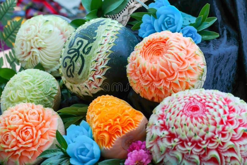 Verse gesneden pompoenen en meloenen royalty-vrije stock afbeeldingen