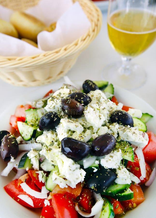 Verse Griekse salade, close-up stock afbeelding