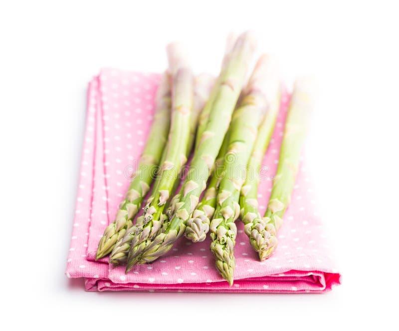 Verse groene asperge op servet royalty-vrije stock afbeelding