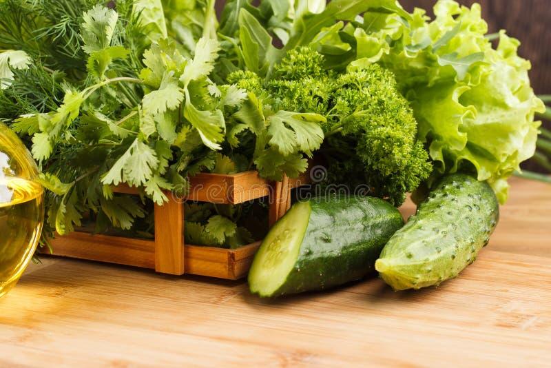 Verse groene komkommer stock foto