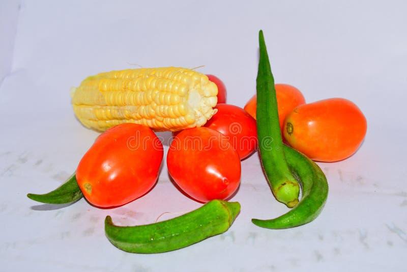 Verse groentevoedsel dat goed voor het gezonde leven stock fotografie