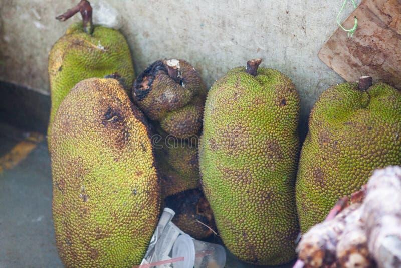 Verse Jackfruit bij fruitmarkt in Borneo royalty-vrije stock afbeelding