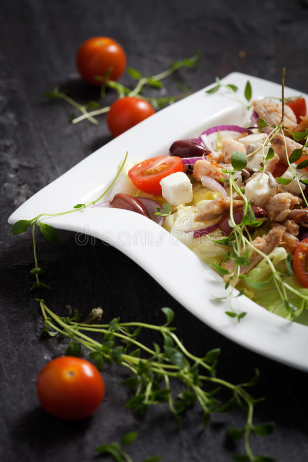 Verse kippensalade stock foto