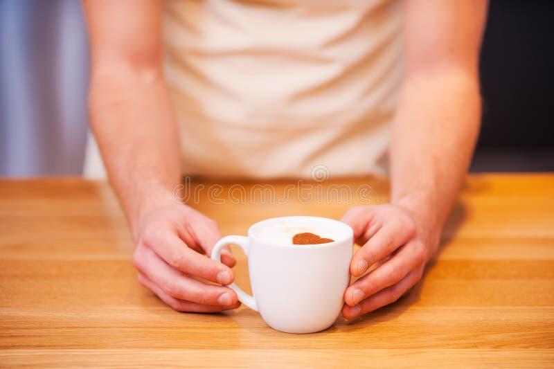 Verse koffie voor u stock foto