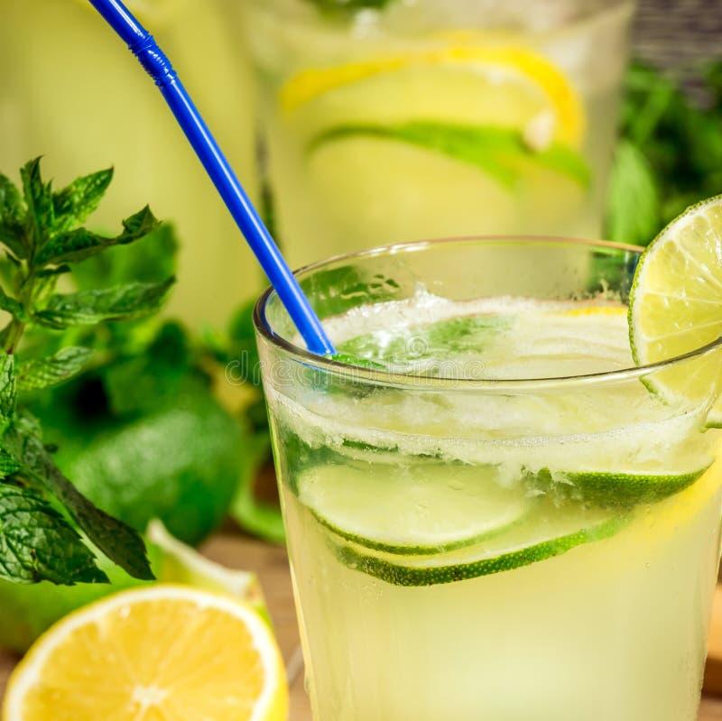 Verse limonadedrank stock foto