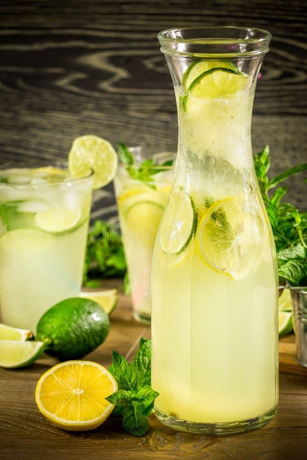 Verse limonadedrank stock fotografie