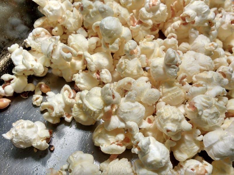 Verse Popcorn, Hete, Boterachtige, Zoute Snack royalty-vrije stock foto's
