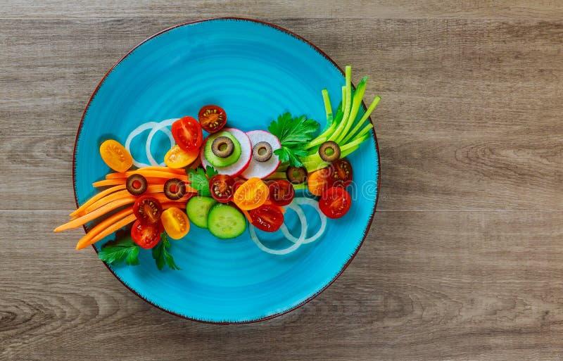 Verse ruwe Plantaardige gemengde salade stock afbeeldingen