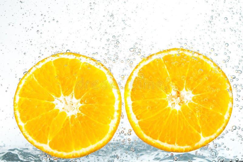 Verse sinaasappel met bellen stock foto's