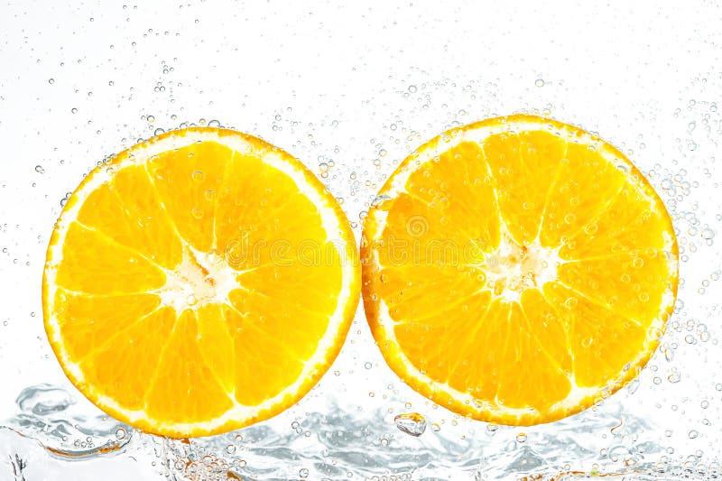 Verse sinaasappel met bellen stock afbeelding