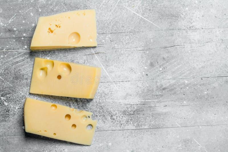 Verse stukken van kaas stock afbeelding