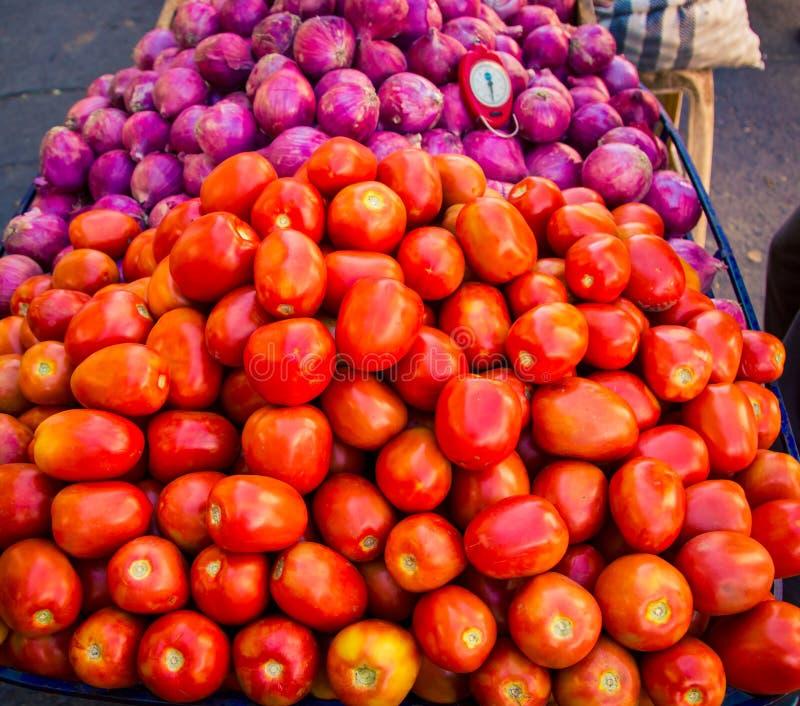Verse tomaten bij een markt in Peru royalty-vrije stock foto's