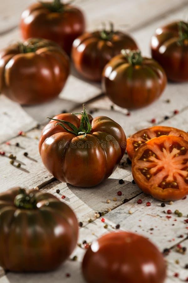 Verse tomaten Rode Tomatenachtergrond Groep tomaten royalty-vrije stock afbeeldingen