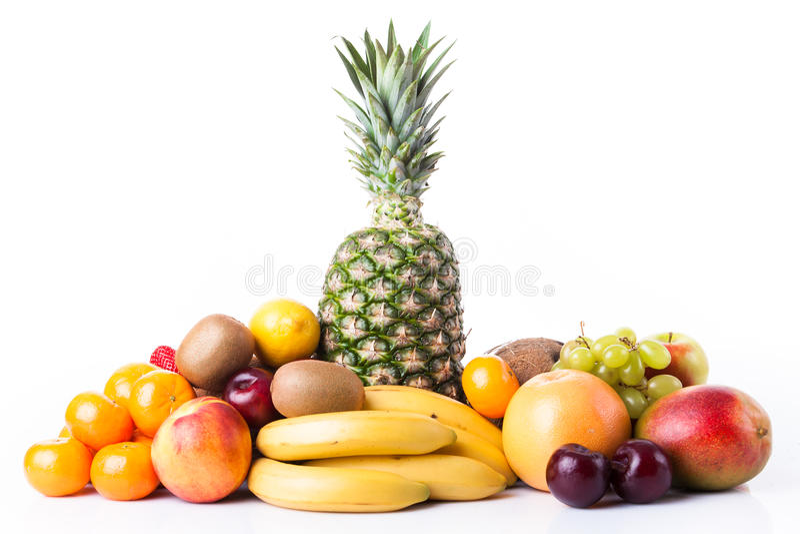 Verse Vruchten Assortiment van exotische vruchten die op wit worden geïsoleerd stock foto's
