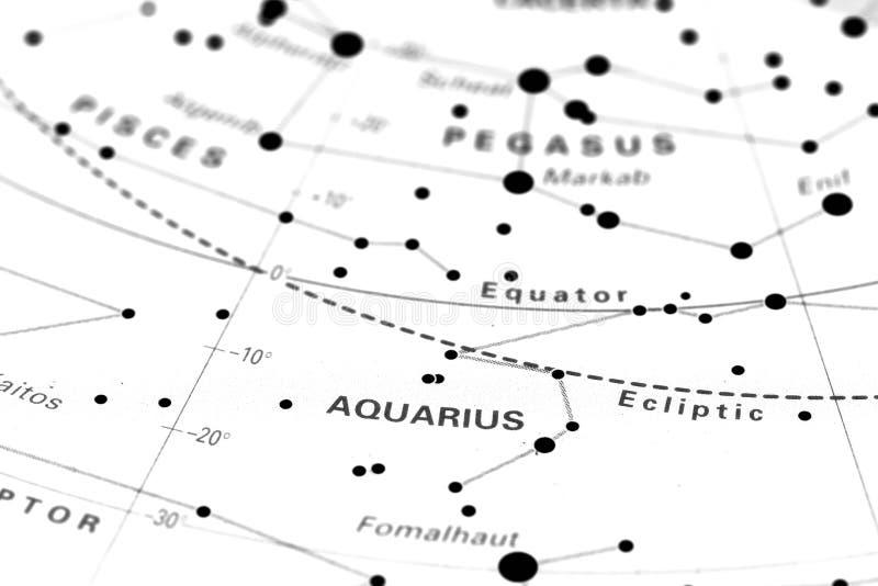 Verseau sur la carte d'étoile photos stock