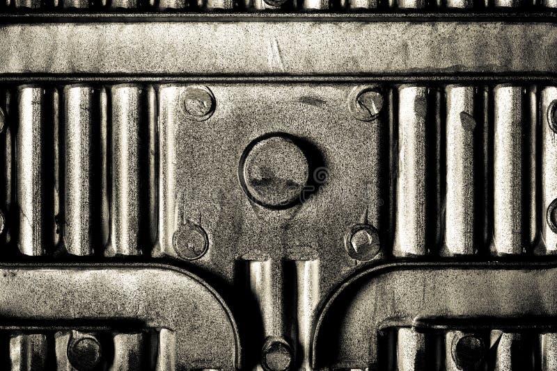 Verso do formulário do prato do cozimento para o fundo da textura do metal tom imagens de stock