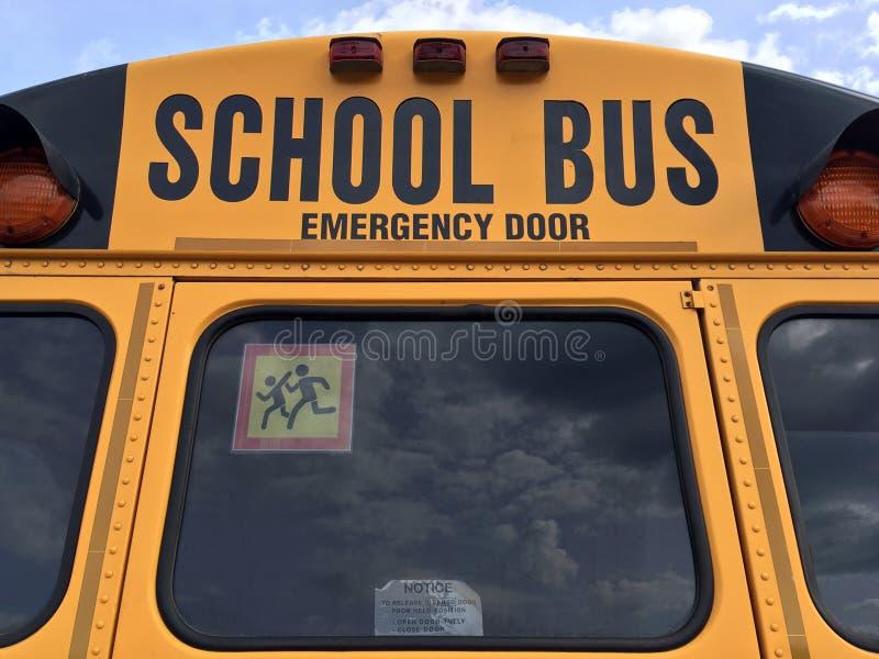 Verso do ônibus escolar fotografia de stock