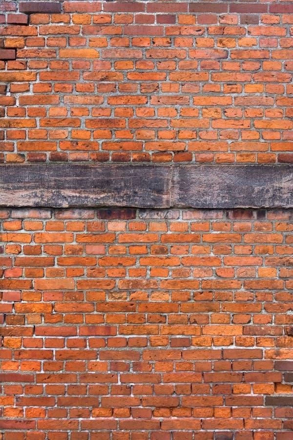 Verstärkte Wand des roten Ziegelsteines stockbild