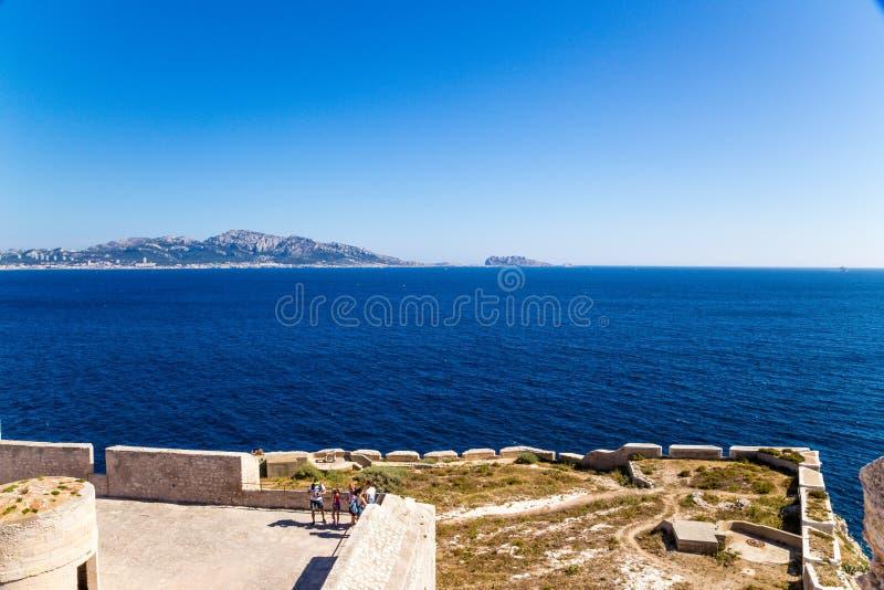 Verstärkungen der Insel von wenn und des französischen Rivieras lizenzfreies stockfoto
